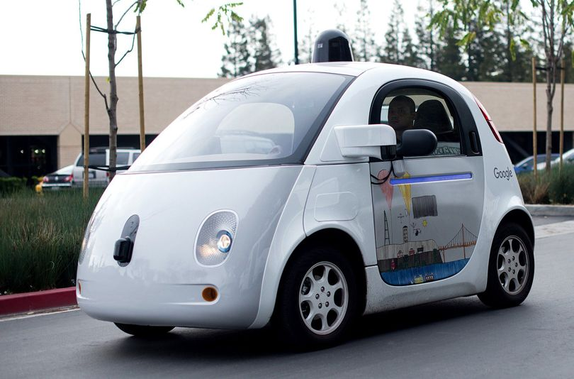 masina google claxon