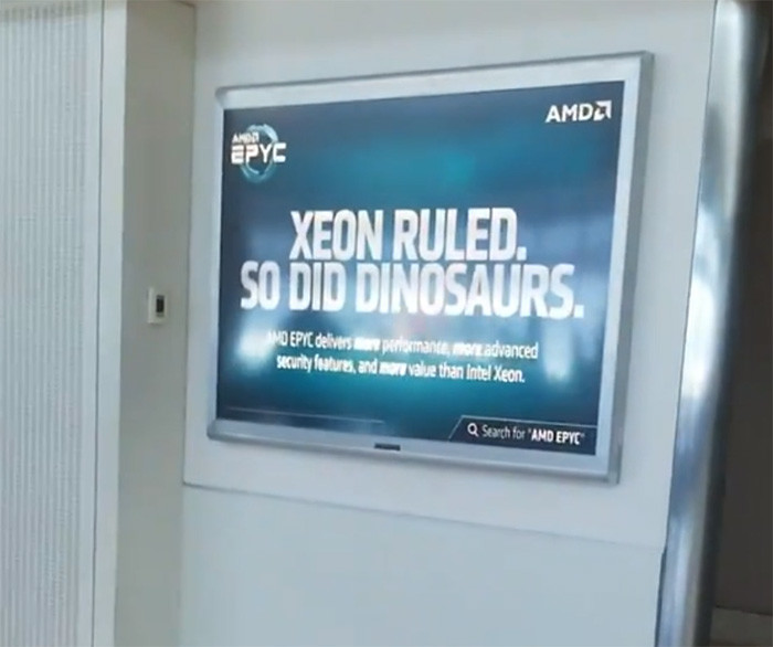 AMD se distreaza prin aeroport – EPYC vs XEON