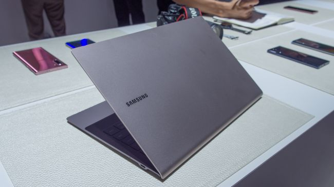 specificatii laptop samsung