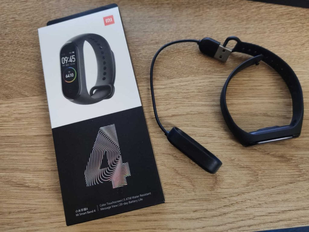 review bratara fitness mi band 4
